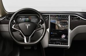 Такси-электрокары Tesla будет обслуживать жителей Мадрида