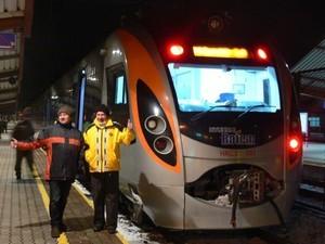 """""""Тарпан"""" или """"Хюндай"""": какой из украинских скоростных поездов пойдет в Польшу?"""