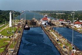 Через новый шлюз Панамского канала прошло 500-е судно