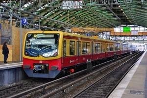 Берлин начинает ограничение автомобилизации города путем развития рельсового транспорта