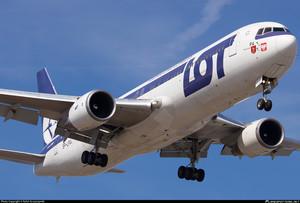 LOT Polish Airlines увеличивает количество рейсов в Одессу