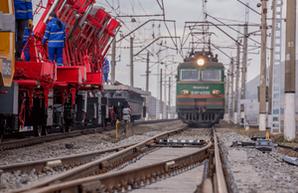Азербайджан получил кредиты в иностранных банках 277 млн евро для закупки 50 локомотивов