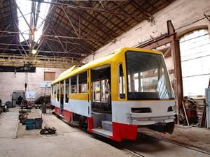 Одесса закупает пять корпусов для сборки новых трамваев с частично низким полом