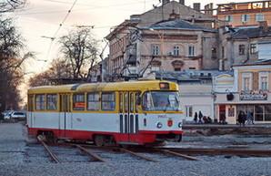 В 2017 году в Одессе отремонтируют и окрасят в цвета города 22 трамвая