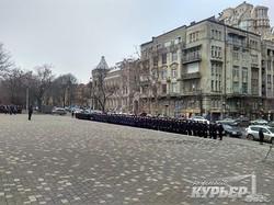 В Одессе будущие следователи и опера чеканят шаг перед торжествами (ФОТО)