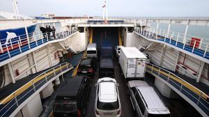 Турецкие порты уже две недели не принимают судна, заходившие в Крым