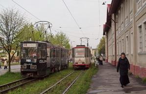 Львовские власти планируют капитально отремонтировать 6 трамваев и 3 троллейбуса