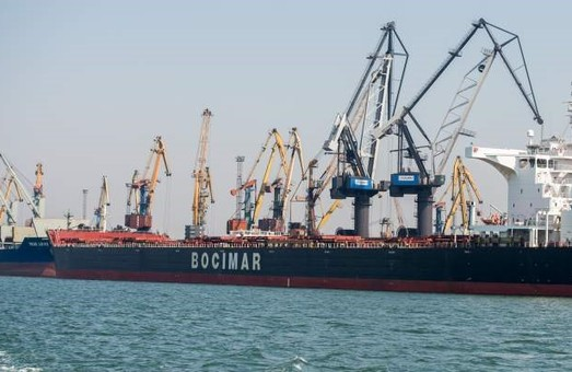 """Пять иностранных компаний подали заявки на участие в тендере по дноуглублению порта """"Южный"""""""