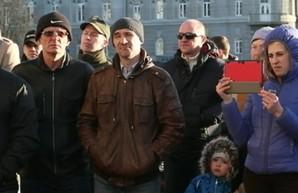 В Чернигове митинговали против повышения цен на проезд в общественном транспорте