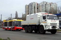 В Одессе начали красить троллейбусы по новым технологиям (ФОТО)