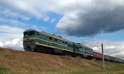 Грузовой поезд околоАрциза