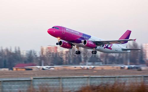Киевский аэропорт Жуляны почти вдвое увеличивает пассажиропоток
