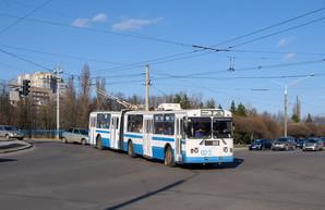 В троллейбусах Сум внедрили безналичную оплату проезда по QR-коду