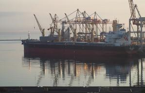 В Одесском порту будут реконструировать один из причалов Карантинной гавани