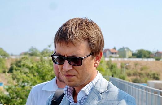 Омелян обещает Одесской области 2 миллиарда, новую взлетку и весовые комплексы