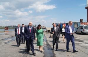 Порт Черноморск ждет инвесторов