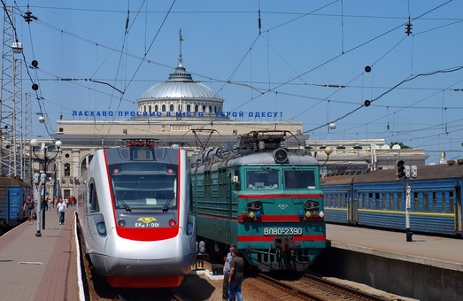 Из Одессы в Харьков запускают дополнительный пассажирский поезд