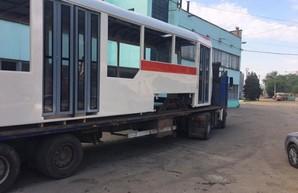 В Запорожье собирают трамваи по одесскому образцу: первый почти готов (ФОТО)