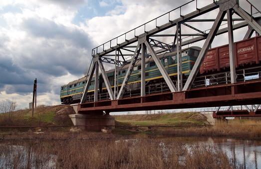 В Закарпатье соединят мостом железные дороги Украины и Румынии