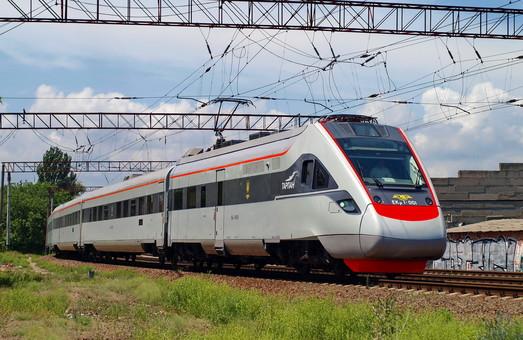Скоростная железная дорога между Одессой и Киевом появится лишь через 5-10 лет