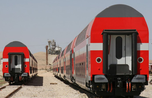 Для железных дорог Израиля заказали очередную партию двухэтажных вагонов