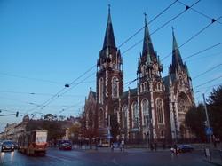 Фото дня: львовская трамвайная готика