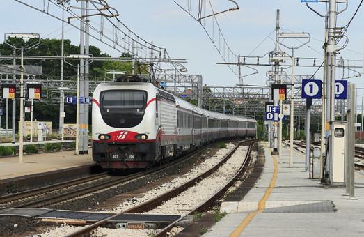 В Италии туристам решили давать бесплатные билеты на поезда