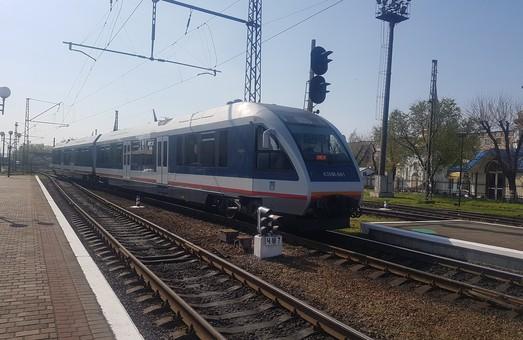 """""""Укрзализныця"""" запускает новый международный поезд Ковель - Холм, удобный для одесситов"""