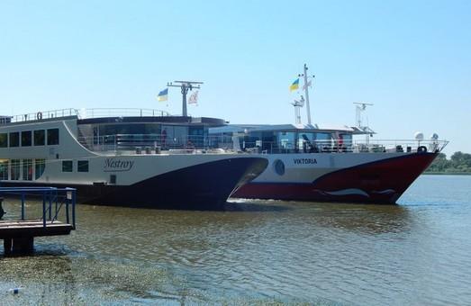 Порт Вилково на юге Одесской области принял сразу два речных лайнера