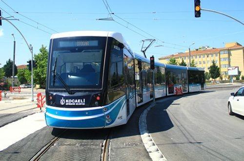 В турецком Измите запустили трамвай (ФОТО)