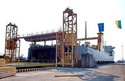 Паромный комплекс в порту Черноморск будут сдавать в аренду осенью