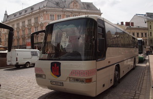 В маршрутках Львова временно будут бесплатно перевозить льготников, кроме пенсионеров