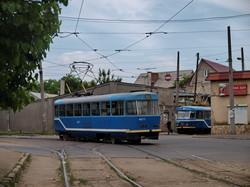 Фото дня: как одесский трамвай петляет по узким улочкам Слободки