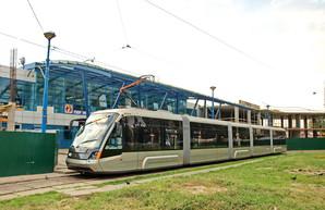 Одну из конечных станций киевского скоростного трамвая на Борщаговку застраивают торговым центром