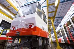 """Для Таллинна модернизировали в Чехии первый из старых трамваев """"Татра"""" с низкопольной секцией (ФОТО)"""