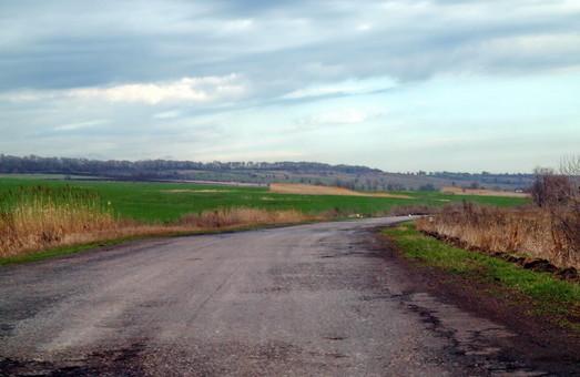 Одесская компания проиграла белорусам тендеры на ремонт дорог в Черкасской области