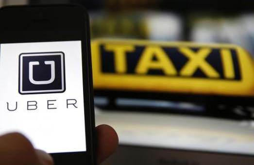 За год в Украине такси Uber воспользовались более миллиона постоянных пассажиров