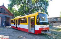 В Одессе построили очередной новый трамвай из запланированных на 2017 год (ФОТО)