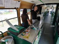 В чешском Брно работает трамвай - пивной паб (ФОТО)