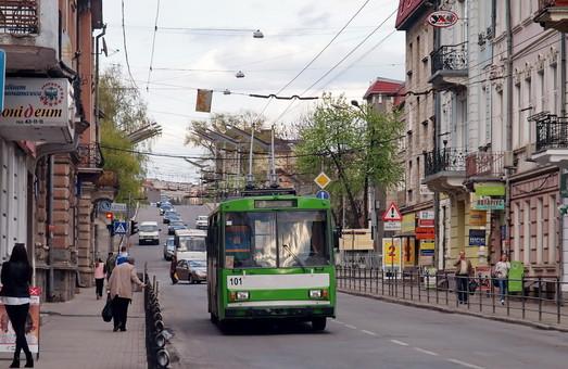 Тендер на 9 подержанных троллейбусов в Ровно объявляют повторно
