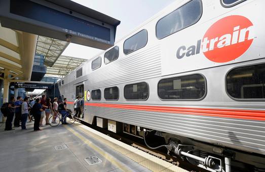 В Калифорнии электрифицируют железнодорожную линию Caltrain