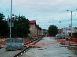 Как во Львове ремонтируют трамвайные пути у вокзала (ФОТО)