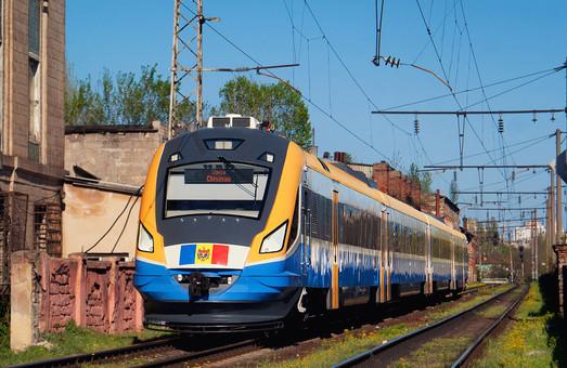 Пассажирский поезд Одесса - Кишинев пока что ходит 4 раза в неделю