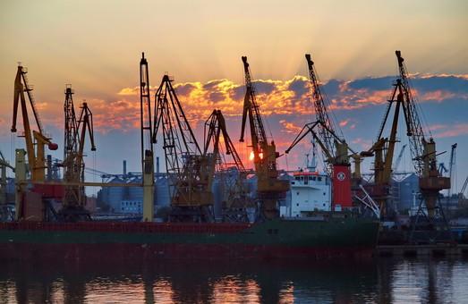 Порт Измаил сокращает обработку грузов в 2017 году