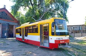 Закупка нового низкопольного трамвая для Одессы подешевела почти на 3,5 миллиона