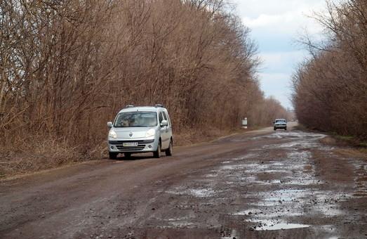 На севере Одесской области ремонтируют дорогу Затишье - Захаровка