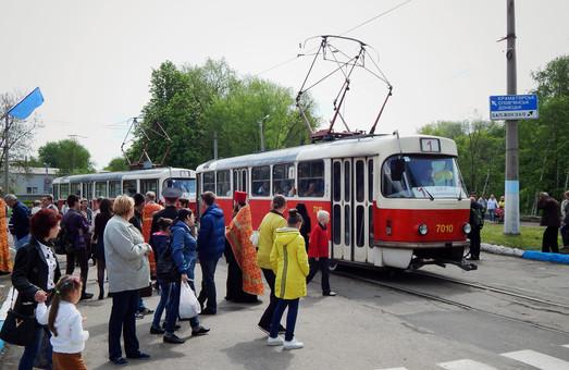 Маленький город на Донбассе покупает 8 трамваев за 10 миллионов