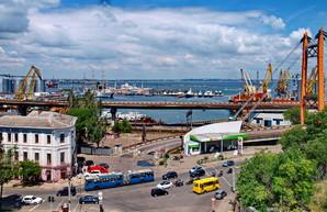 В центре Одессы запрещают движение грузовиков