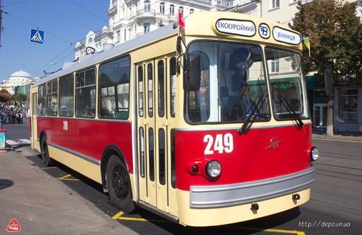 В Виннице отреставрировали ретро-троллейбус (ФОТО)