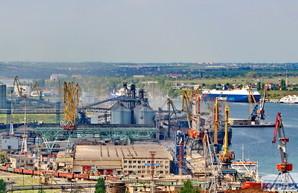 В порту Черноморска перевалка транзитных грузов увеличилась в три раза